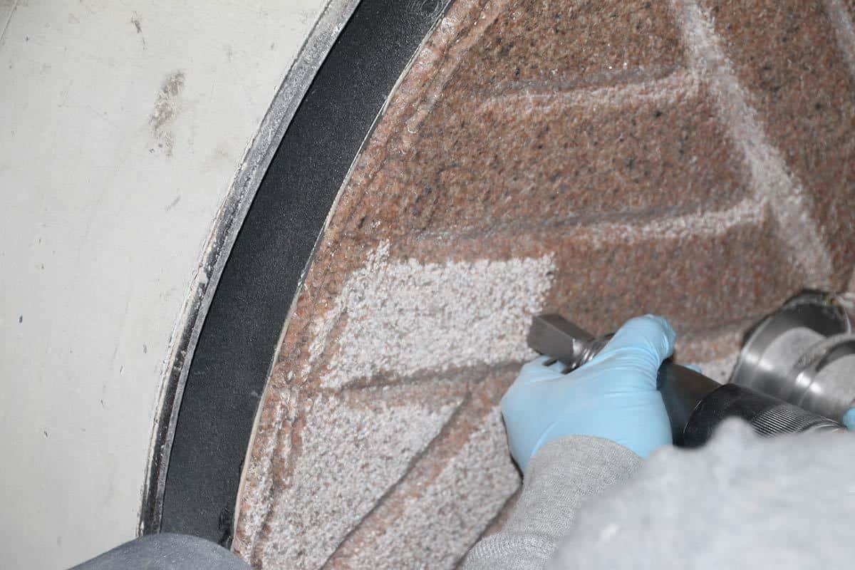 Millstone Sharpening